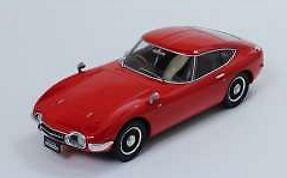 【送料無料】模型車 モデルカー スポーツカー トヨタトリプルtoyota 2000gt 1967 rot 118 triple 9
