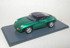 【送料無料】模型車 モデルカー スポーツカー ポルシェパナメリカーナporsche panamericana metallic green 1989