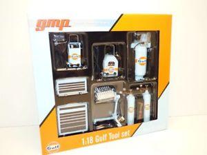 【送料無料】模型車 モデルカー スポーツカー セットガレージset 8 outils de garage gulf 118
