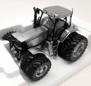 【送料無料】模型車 モデルカー スポーツカー ユニバーサルホビースケールデュアルホイールトター