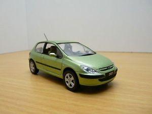 【送料無料】模型車 モデルカー スポーツカー プジョーpeugeot 307 xt vert ouragan 143