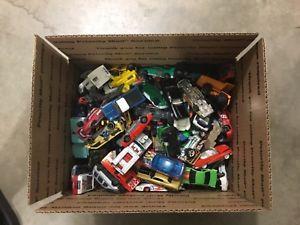 【送料無料】模型車 モデルカー スポーツカー ロットホットホイールサービスボックスhuge lot 140 preowned hot wheels and other cars free shipping, flat rate box