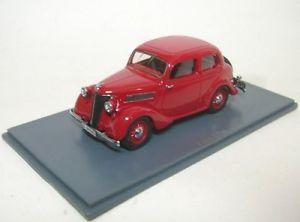 【送料無料】模型車 モデルカー スポーツカー フォードアイフェルダークレッドford eifel dark red