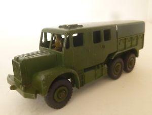 【送料無料】模型車 モデルカー スポーツカー アーミーホイールトターポストトイdinky toys army 6 wheel medium artillery tractor  1950s post war dinky toy