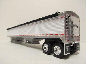 【送料無料】模型車 モデルカー スポーツカー スケールウィルソントレーラーホワイトカスタムタンデムdcp 164 scale 50 wilson grain trailer white custom made into a tandem axle
