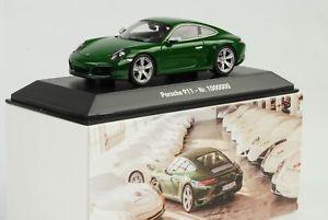 【送料無料】模型車 モデルカー スポーツカー ポルシェカレラアイリッシュグリーンスパークディーラーporsche 911 991 carrera s 1 million 2017 irish grn 70 jahre 143 spark dealer