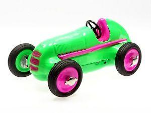 【送料無料】模型車 モデルカー スポーツカー メルセデスエディションポップアートschuco studio i mercedes 1936 grn pop art edition i 450111500