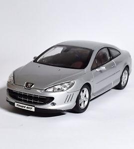【送料無料】模型車 モデルカー スポーツカー プジョーシルバークーペ