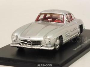 【送料無料】模型車 モデルカー スポーツカー メルセデススパークmercedes 300 sl 1956 143 spark s4958
