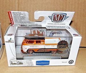 【送料無料】模型車 モデルカー スポーツカー マシンフォルクスワーゲンフォルクスワーゲンダブルキャビンチェイスneues angebotm2 machines 2017 sema exclusive 1959 vw double cab chase volkswagen 1 of 300