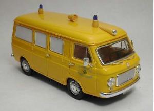 【送料無料】模型車 モデルカー スポーツカー フィアットランザエイビスモデルリオfiat 238 ambulanza avis 143 model rio