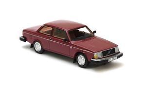 【送料無料】模型車 モデルカー スポーツカー ボルボダークレッドネオスケールvolvo 242 dark red 1979 neo scale 143 43821