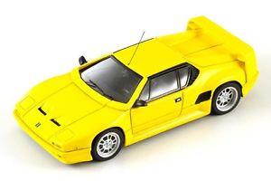 【送料無料】模型車 モデルカー スポーツカー デスパークde tomaso pantera 200 yellow 1992 spark 143 s0536