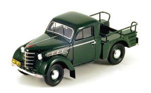 【送料無料】模型車 モデルカー スポーツカー ピックアップグリーン