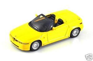 【送料無料】模型車 モデルカー スポーツカー アルファロメオスパークalfa romeo rz giallo 1989 spark 143 s0398