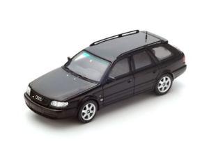 【送料無料】模型車 モデルカー スポーツカー アウディプラスアヴァンギャルドブラックスパーク