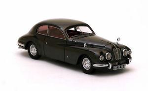 【送料無料】模型車 モデルカー スポーツカー ブリストルピューターメタリックネオスケールbristol 401 pewter metallic 1948 neo scale 143 45485
