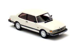【送料無料】模型車 モデルカー スポーツカー ネオスケールsaab 90 white 1985 neo scale 143 43670