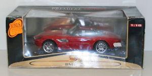 【送料無料】模型車 モデルカー スポーツカー レッドmaisto 118 36896 bmw z8 red