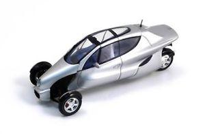 【送料無料】模型車 モデルカー スポーツカー メルセデスベンツスパークコンセプトmercedes benz f300 concept 1997 spark 143 s1013