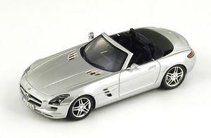 【送料無料】模型車 モデルカー スポーツカー メルセデスベンツロードスターシルバースパークオープンmercedes benz sls open roadster silver 2012 spark 143 s1065