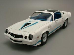 【送料無料】模型車 モデルカー スポーツカー シボレーカマロモデルカーグッズchevrolet camaro z28 1978 wei, modellauto 118 greenlight collectibles