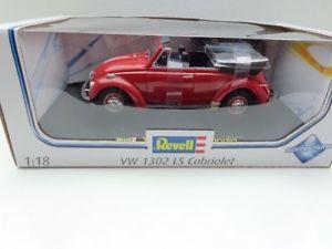 【送料無料】模型車 モデルカー スポーツカー ビートルカブリオレ vw kfer 1302 ls cabrio rot  in 118 von revell 08470