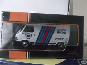 【送料無料】模型車 モデルカー スポーツカー フィアットランチアマティーニネットワークネットワークfiat 242 e lancia martini ixo 1986 ixo 143