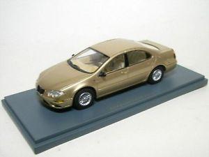 【送料無料】模型車 モデルカー スポーツカー クライスラーmベージュメタリックchrysler 300m beige metallic 2002
