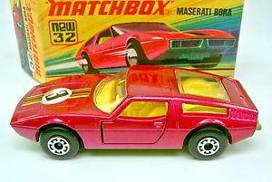 【送料無料】模型車 モデルカー スポーツカー マッチトップボックスマセラティマセラティボステッカーアーチホイールmatchbox sf nr32b maserati bora 3 aufkleber 5 arch rder top in box