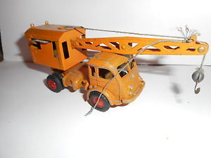 【送料無料】模型車 モデルカー スポーツカー クレーンルノーcrane tracteur routier renault grue faineant cij original old