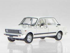 【送料無料】模型車 モデルカー スポーツカー フィアットマラドーナモデルカーネオfiat 128 cl 1982 weiss maradona modellauto 45119 neo 143