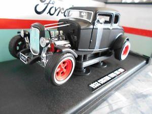 【送料無料】模型車 モデルカー スポーツカー フォードホットロッドマットブラックグリーンライト