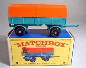 【送料無料】模型車 モデルカー スポーツカー マッチメルセデストレーラボックスmatchbox rw 02d mercedes trailer 1 guform mit box