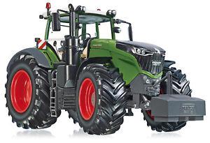 【送料無料】模型車 モデルカー スポーツカー トターwiking 132 077349 traktor fendt 1050 vario  ovp neu