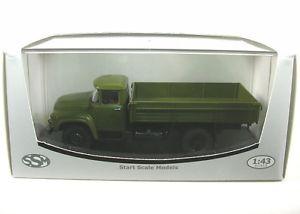 【送料無料】模型車 モデルカー スポーツカー プラットフォームオリーブグリーンzil 130 pritsche oliv green