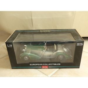 【送料無料】模型車 モデルカー スポーツカー ロードスターアルジェントヴェールサンhorch 855 roadster 1939 argent et vert sun star 2404 118