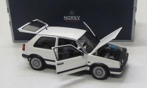 【送料無料】模型車 モデルカー スポーツカー ゴルフホワイト