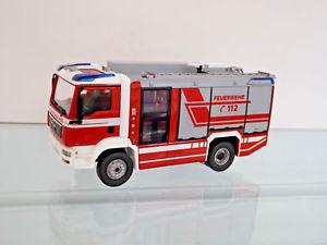 【送料無料】模型車 モデルカー スポーツカー ボックスwiking 043197 143 feuerwehr rosenbauer at lf man tgm neu in ovp