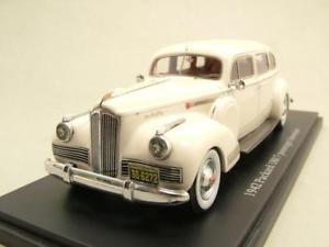 【送料無料】模型車 モデルカー スポーツカー ホワイトセダンモデルカーモデル