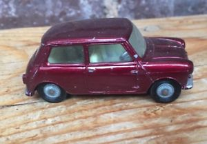 【送料無料】模型車 モデルカー スポーツカー コーギーモーリスミニクーパーcorgi toys , morris mini cooper