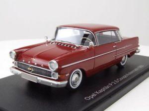 【送料無料】模型車 モデルカー スポーツカー オペルキャプテンクーペダークレッドモデルカースケールopel kapitn p26 coupe autenrieth 1963 dunkelrot, modellauto 143 neo scale