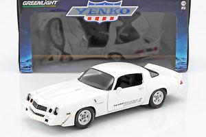 【送料無料】模型車 モデルカー スポーツカー シボレーターボランプchevrolet z28 yenko turbo z baujahr 1981 wei 118 greenlight