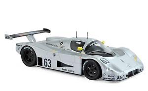 【送料無料】模型車 モデルカー スポーツカー メルセデスマースロイターディケンズ#