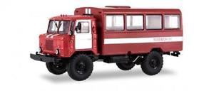 【送料無料】模型車 モデルカー スポーツカー トラックバスssm lkw 143 gaz66 feuerwehr bus