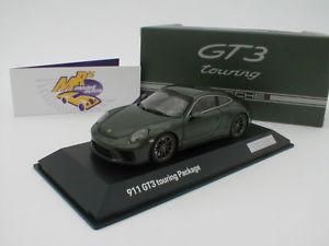 【送料無料】模型車 モデルカー スポーツカー スパークポルシェグアテマラツーリングパッケージオークグリーン