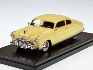 【送料無料】模型車 モデルカー スポーツカー ネオハドソンコモドアクーペライトベージュneo hudson commodore coupe 1948 light beige 143 44646