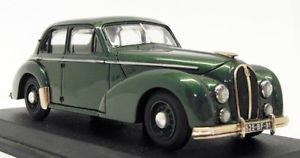 【送料無料】模型車 モデルカー スポーツカー スケールモデルカーホチキスメタリックグリーンprotop creation 143 scale model car c1050 hotchkiss berline metallic green