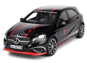 【送料無料】模型車 モデルカー スポーツカー メルセデスクラススポーツブラックレース