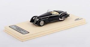【送料無料】模型車 モデルカー スポーツカー アルファロメオツーリングクモモデル
